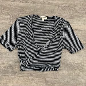 SUPER cropped wrap top